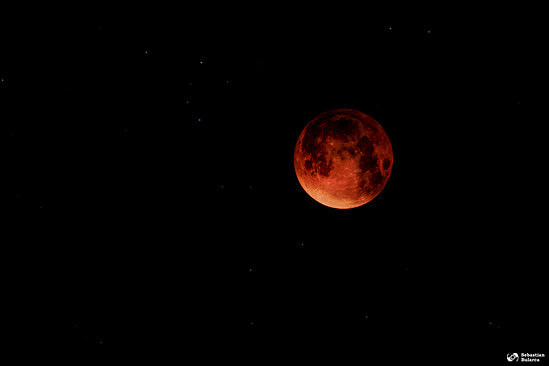 Blood moon, 28th of September, 2015 (composite out of different photos from the same night)